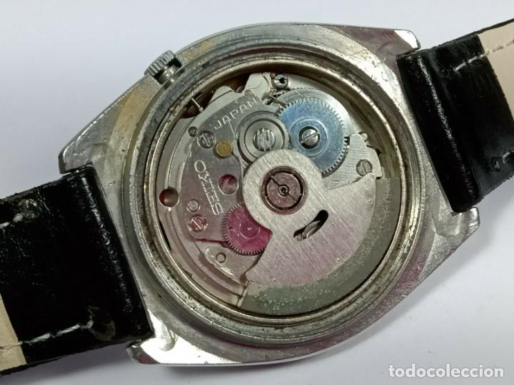 Relojes - Seiko: Vintage Seiko 5 Movimiento automático, reloj analógico con dial de fecha y día - Foto 7 - 194588711