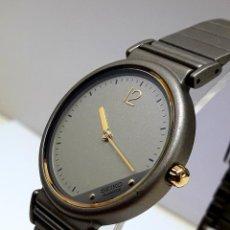 Relojes - Seiko: CURIOSO SEIKO TAMAÑO CADETE AÑOS 80 DE CUARZO CALIBRE 5P30 Y NUEVO A ESTRENAR. Lote 205726070
