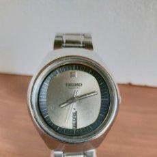 Relojes - Seiko: RELOJ CABALLERO (VINTAGE) SEIKO AUTOMÁTICO CON DOBLE CALENDARIO LAS SEIS CALIBRE 6309 CORREA ACERO. Lote 213149876
