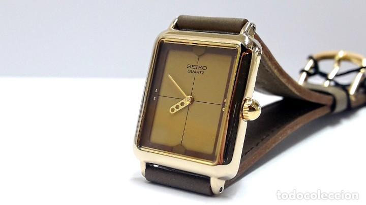 Relojes - Seiko: ELEGANTE RELOJ VINTAGE DE SEÑORA SEIKO AÑOS 80 CALIBRE 2P20 Y NUEVO A ESTRENAR - Foto 2 - 232523120
