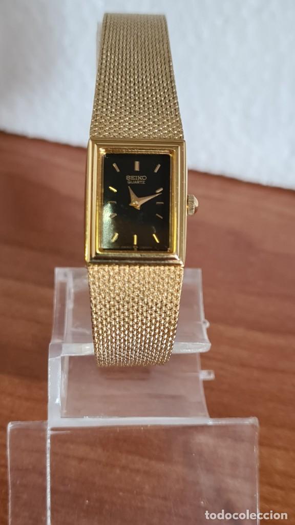 Relojes - Seiko: Reloj señora Seiko de cuarzo chapado de oro, esfera negra agujas chapada oro correa original chapada - Foto 3 - 243588605