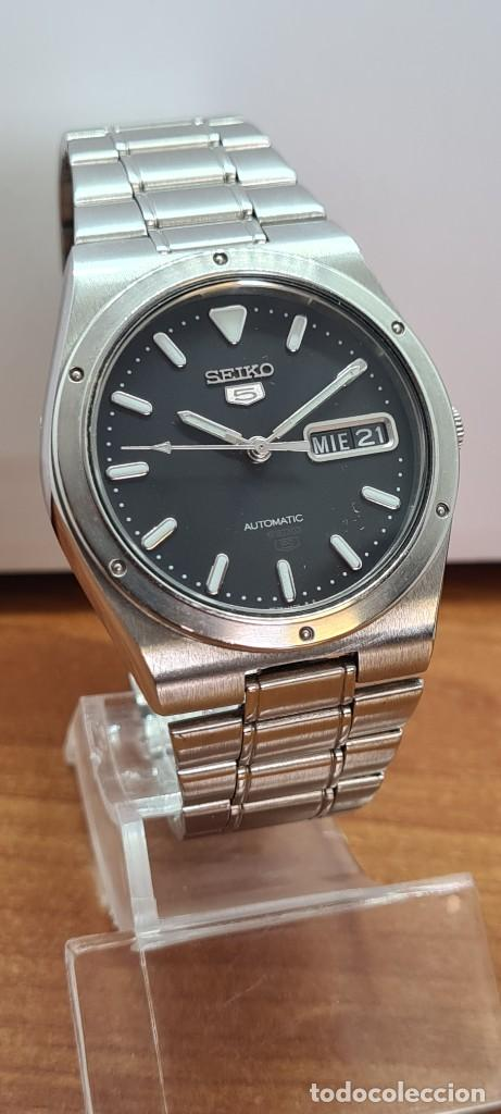 Relojes - Seiko: Reloj caballero (Vintage) SEIKO 5, automático 21 rubis, esfera negra, doble calendario a las tres. - Foto 3 - 284393683