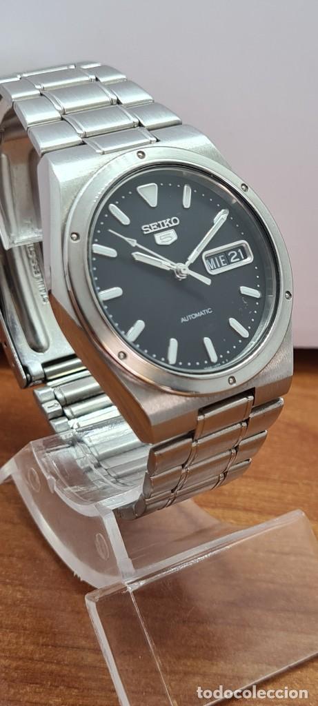 Relojes - Seiko: Reloj caballero (Vintage) SEIKO 5, automático 21 rubis, esfera negra, doble calendario a las tres. - Foto 5 - 284393683