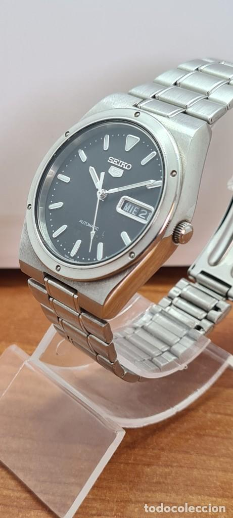 Relojes - Seiko: Reloj caballero (Vintage) SEIKO 5, automático 21 rubis, esfera negra, doble calendario a las tres. - Foto 6 - 284393683