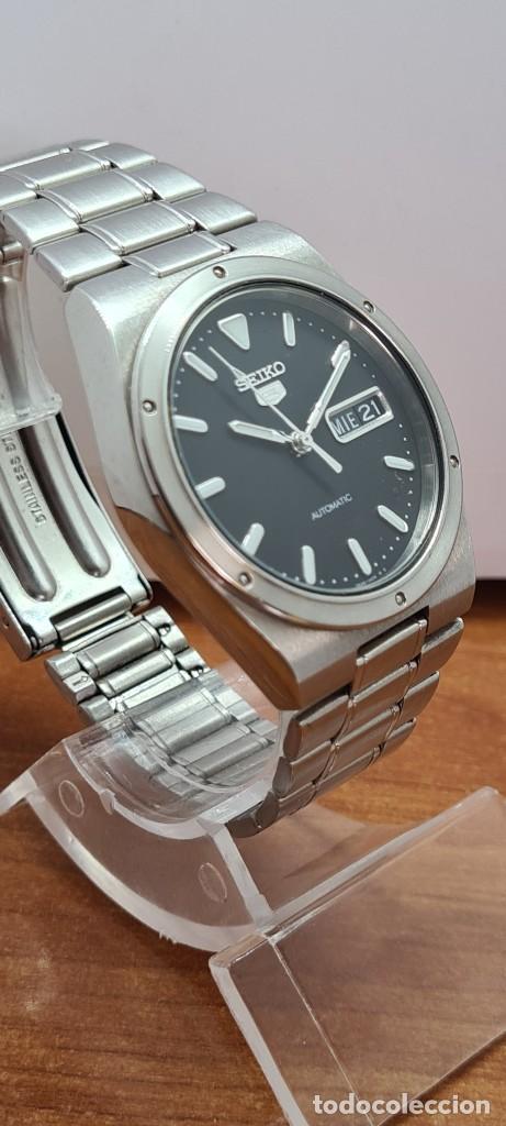 Relojes - Seiko: Reloj caballero (Vintage) SEIKO 5, automático 21 rubis, esfera negra, doble calendario a las tres. - Foto 7 - 284393683