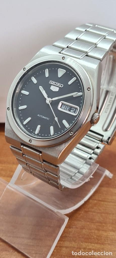 Relojes - Seiko: Reloj caballero (Vintage) SEIKO 5, automático 21 rubis, esfera negra, doble calendario a las tres. - Foto 12 - 284393683