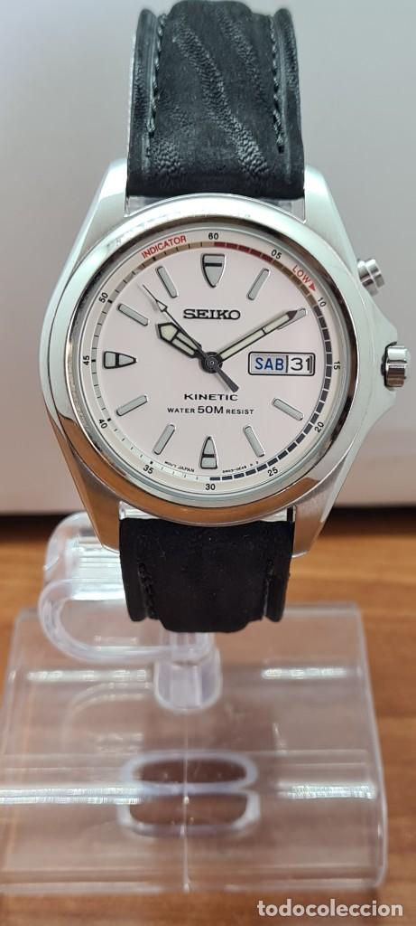 Relojes - Seiko: Reloj (Vintage) SEIKO. Kinetic, automático, esfera blanca, doble calendario tres, correa cuero negra - Foto 10 - 284396488