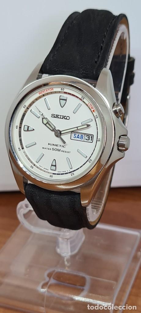 Relojes - Seiko: Reloj (Vintage) SEIKO. Kinetic, automático, esfera blanca, doble calendario tres, correa cuero negra - Foto 14 - 284396488