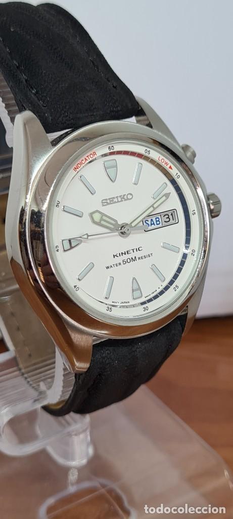Relojes - Seiko: Reloj (Vintage) SEIKO. Kinetic, automático, esfera blanca, doble calendario tres, correa cuero negra - Foto 16 - 284396488