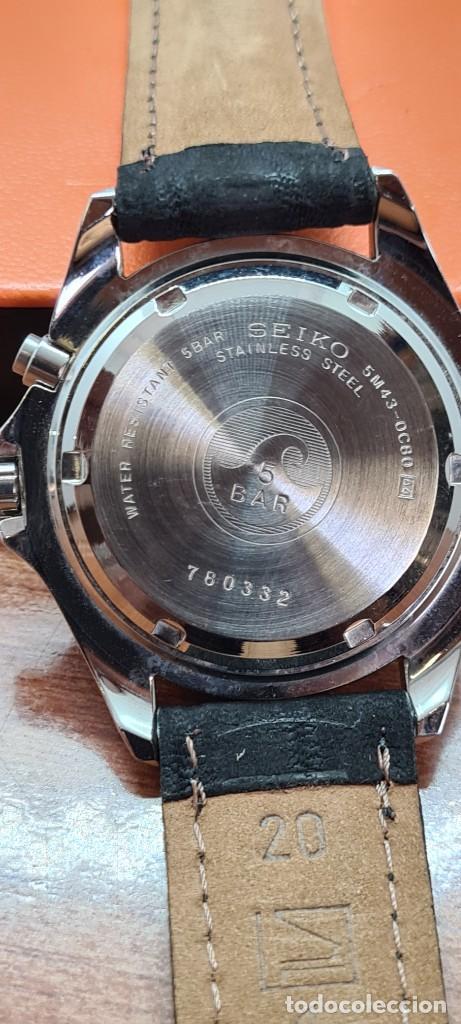 Relojes - Seiko: Reloj (Vintage) SEIKO. Kinetic, automático, esfera blanca, doble calendario tres, correa cuero negra - Foto 17 - 284396488