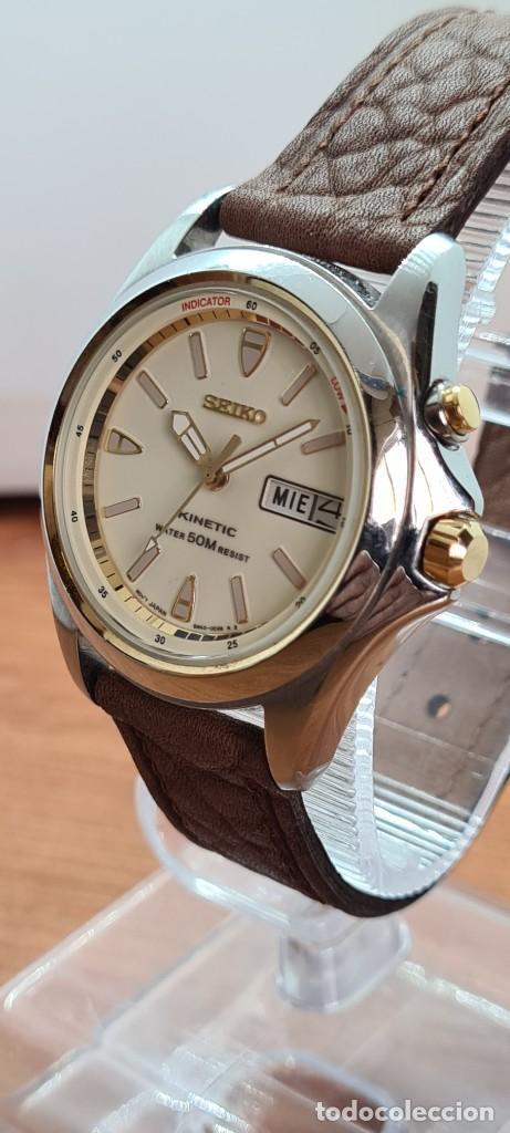 Relojes - Seiko: Reloj (Vintage) SEIKO. Kinetic, automático, esfera blanca, doble calendario tres, correa cuero marró - Foto 3 - 284403608
