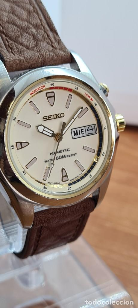 Relojes - Seiko: Reloj (Vintage) SEIKO. Kinetic, automático, esfera blanca, doble calendario tres, correa cuero marró - Foto 4 - 284403608