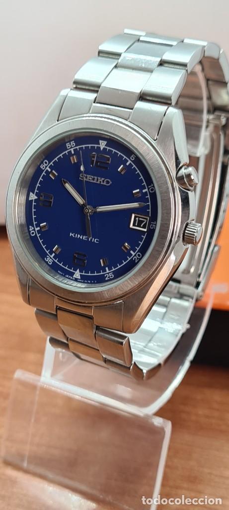 Relojes - Seiko: Reloj (Vintage) SEIKO. Kinetic, automático, esfera azul, calendario tres, correa de acero original - Foto 3 - 284409368