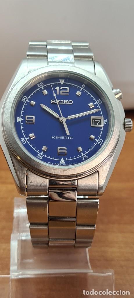 Relojes - Seiko: Reloj (Vintage) SEIKO. Kinetic, automático, esfera azul, calendario tres, correa de acero original - Foto 9 - 284409368