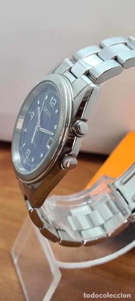 Relojes - Seiko: Reloj (Vintage) SEIKO. Kinetic, automático, esfera azul, calendario tres, correa de acero original - Foto 10 - 284409368