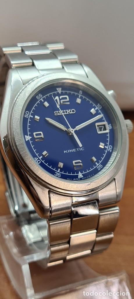 Relojes - Seiko: Reloj (Vintage) SEIKO. Kinetic, automático, esfera azul, calendario tres, correa de acero original - Foto 12 - 284409368