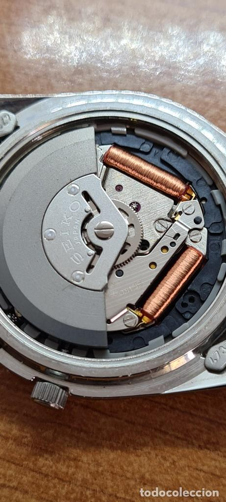 Relojes - Seiko: Reloj (Vintage) SEIKO. Kinetic, automático, esfera azul, calendario tres, correa de acero original - Foto 14 - 284409368