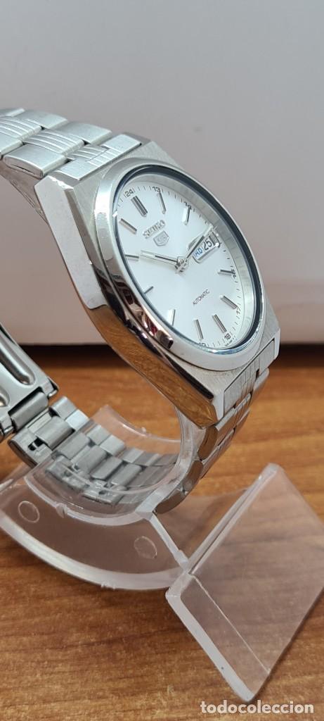 Relojes - Seiko: Reloj (Vintage) SEIKO 5, automático 21 rubis, esfera blanca, doble calendario tres, correa acero, - Foto 12 - 284412908