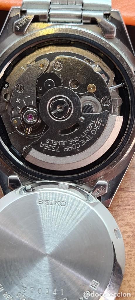 Relojes - Seiko: Reloj (Vintage) SEIKO 5, automático 21 rubis, esfera blanca, doble calendario tres, correa acero. - Foto 10 - 284414043