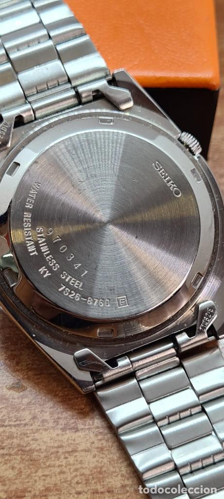 Relojes - Seiko: Reloj (Vintage) SEIKO 5, automático 21 rubis, esfera blanca, doble calendario tres, correa acero. - Foto 17 - 284414043