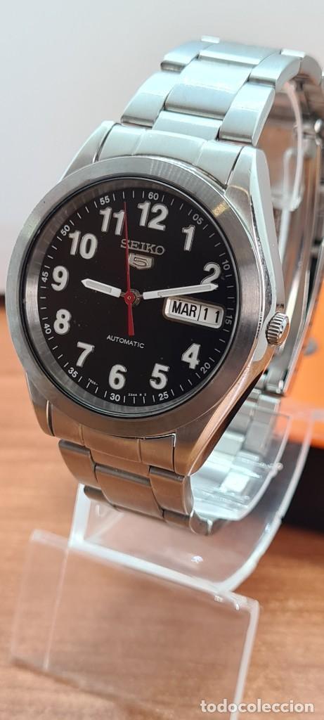 Relojes - Seiko: Reloj (Vintage) SEIKO 5, automático 21 rubis, esfera negra, doble calendario tres, correa de acero - Foto 2 - 284415463