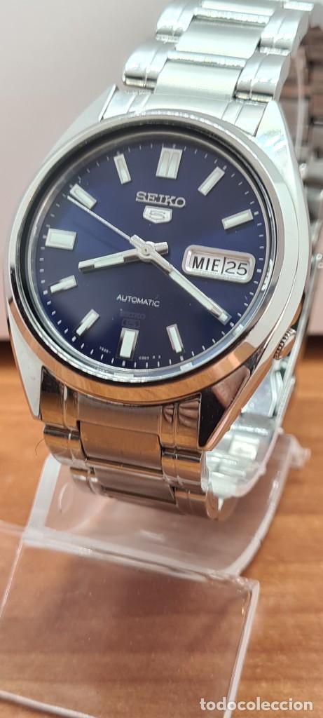 Relojes - Seiko: Reloj (Vintage) SEIKO 5, automático 21 rubis, esfera azul, doble calendario tres, correa acero Seiko - Foto 2 - 284417078