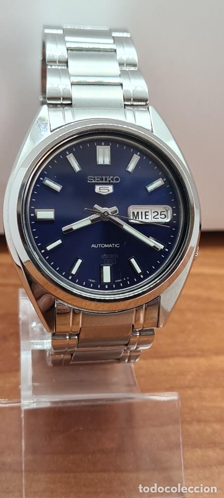 Relojes - Seiko: Reloj (Vintage) SEIKO 5, automático 21 rubis, esfera azul, doble calendario tres, correa acero Seiko - Foto 4 - 284417078