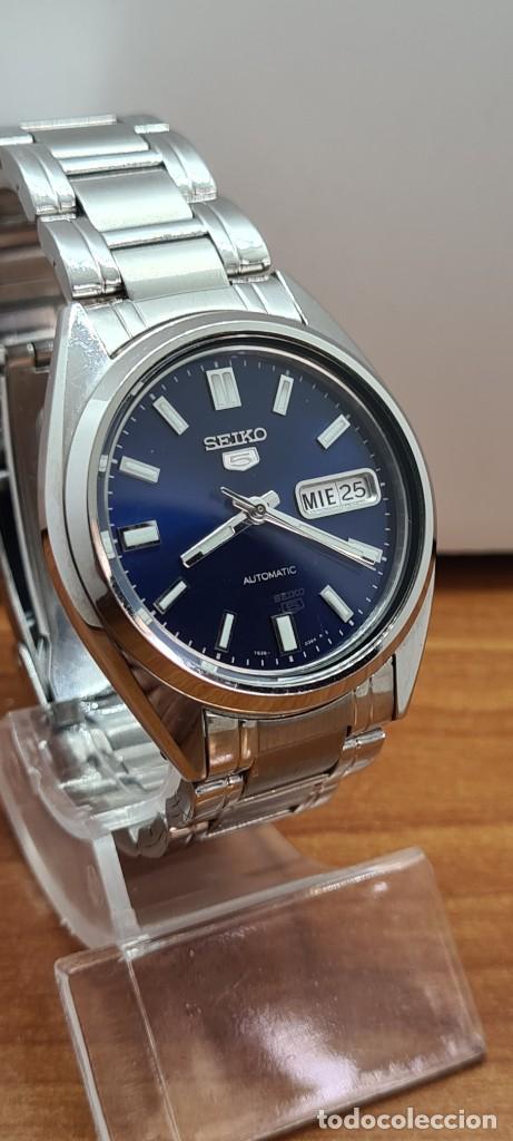 Relojes - Seiko: Reloj (Vintage) SEIKO 5, automático 21 rubis, esfera azul, doble calendario tres, correa acero Seiko - Foto 6 - 284417078