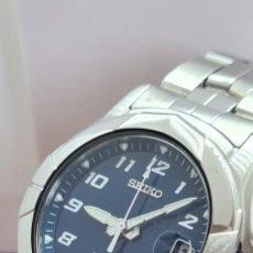 Relógios - Seiko: RELOJ (VINTAGE) SEIKO DE CUARZO ACERO, ESFERA COLOR AZUL, CALENDARIO LAS TRES, CORREA ORIGINAL SEIKO. Lote 290973943