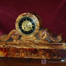 Relojes de carga manual: IMPRESIONANTE RELOJ DE CHIMENEA EN PIEDRA DE ONIX, (1850).. Lote 25068918