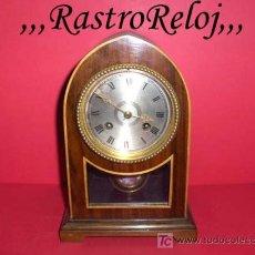 Relojes de carga manual: ,,,RELOJ DE SOBREMESA,,,CAPILLA DE MADERA,,,MÁQUINA FRANCESA SONERÍA,,,FUNCIONANDO .. Lote 26329085