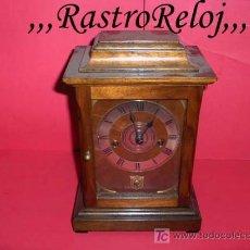 Relojes de carga manual: ,,,RELOJ DE SOBREMESA,,,SONERÍA HORAS Y MEDIAS,,,CAJA DE NOGAL,,,. Lote 26296097