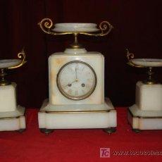 Relojes de carga manual: RELOJ CON COPAS MARMOL Y BRONCE. Lote 26815513