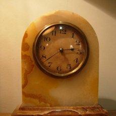 Relojes de carga manual: RELOJ DE SOBREMESA ART DECO DE MARMOL AGATA . Lote 27530939