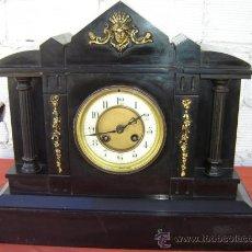 Relojes de carga manual: RELOJ DE PIEDRA NEGRA Y CON BRONCE DE FIGURA. Lote 15310773