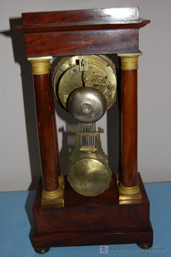 Relojes de carga manual: RELOJ ESTILO IMPERIO DE PALMA DE CAOBA Y CAOBA CON APLIQUES DE BRONCE Y ORO FINO - Foto 3 - 27019221