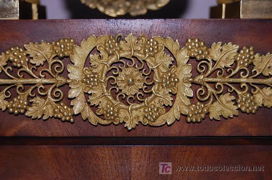 Relojes de carga manual: RELOJ ESTILO IMPERIO DE PALMA DE CAOBA Y CAOBA CON APLIQUES DE BRONCE Y ORO FINO - Foto 7 - 27019221