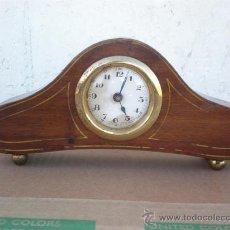 Relojes de carga manual: RELOJ ESTILO NAPOLEONICO DE MADERA. Lote 20030319