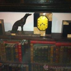 Relojes de carga manual: RELOJ ART DECO CON GUARNICIÓN. Lote 117369188