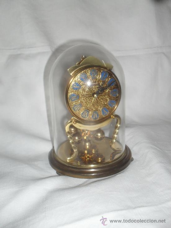 RELOJ KUNDO CON CUPULA DE CRISTAL 400 DIAS (Relojes - Sobremesa Carga Manual)