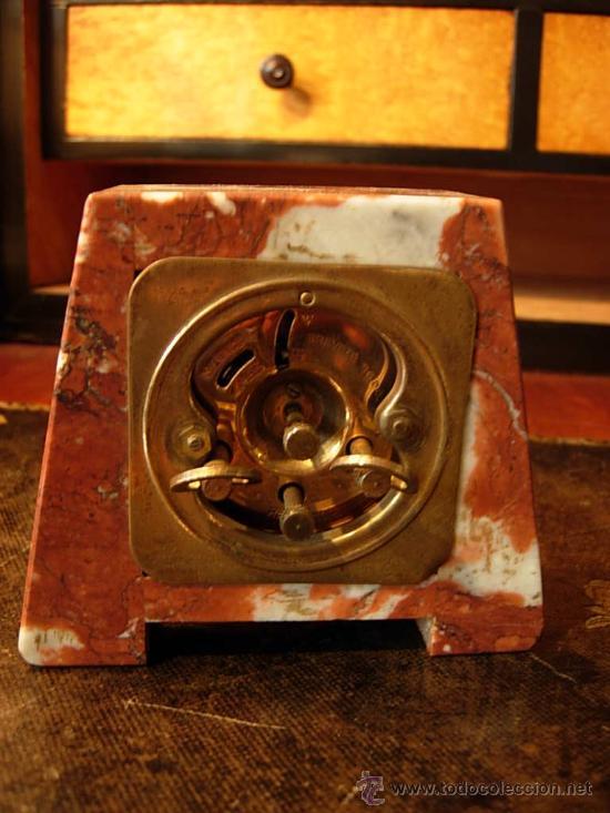 Relojes de carga manual: RELOJ PEQUEÑO DE MARMOL ROSA - Foto 3 - 27170621