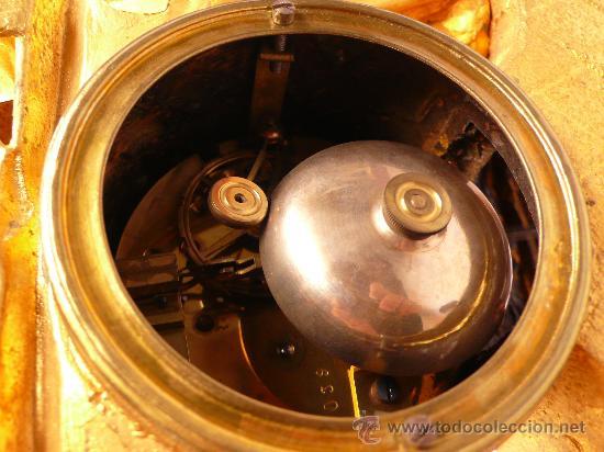 Relojes de carga manual: RELOJ DE CALAMINA DORADA 1900s. 36 m altura x 42 cm de ancho, - Foto 6 - 27707823
