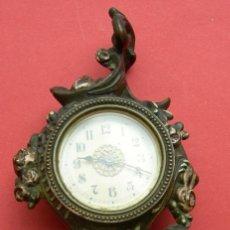 Relojes de carga manual: RELOJ ANTIGUO DE SOBREMESA- MUNCIE IND - NO FUNCIONA. Lote 27832397