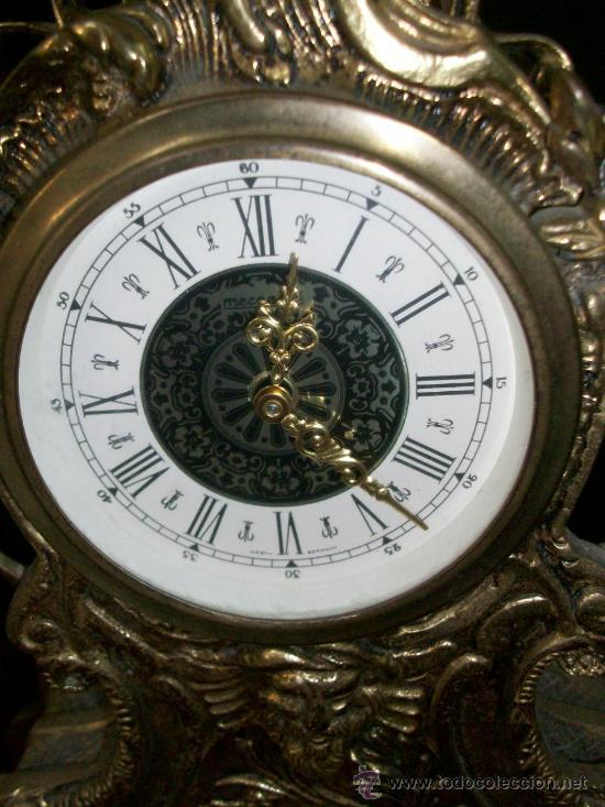 Relojes de carga manual: RELOJ BRONCE - NO FUNCIONA - PIE DE MADERA - MARCA GERMANY - Foto 3 - 28488325