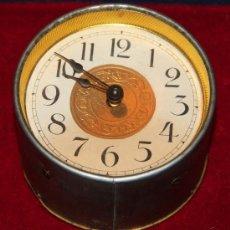 Relojes de carga manual: ANTIGUO RELOJ DE SOBREMESA PARA ENCASTAR. Lote 29390914