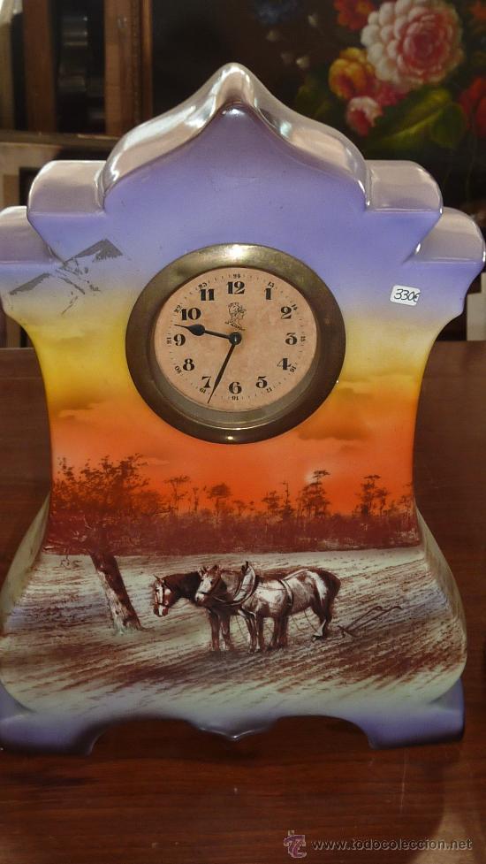 Relojes de carga manual: Precioso reloj de sobremesa en porcelana francesa pintada. de 1920s. Marca Minerve. - Foto 2 - 29706498