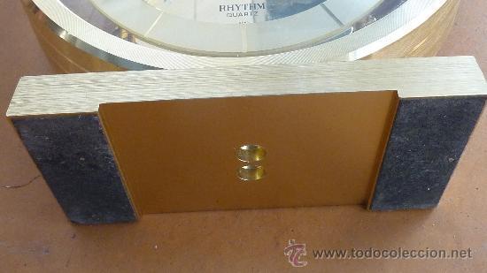 Relojes de carga manual: Reloj de sobremesa marca Rhythm quartz de Japon, años 60s. - Foto 4 - 29707047