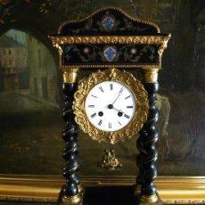 Relojes de carga manual: EXCELENTE RELOJ DE SOBREMESA FRANCES LINET AINE PARIS SIGLO XIX COLUMNAS TORCIDAS DECORADO EN BRONCE. Lote 29863187