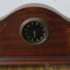 Relojes de carga manual: RELOJ DE MESA .. DE MADERA CON MARQUETERÍA. Lote 29873436