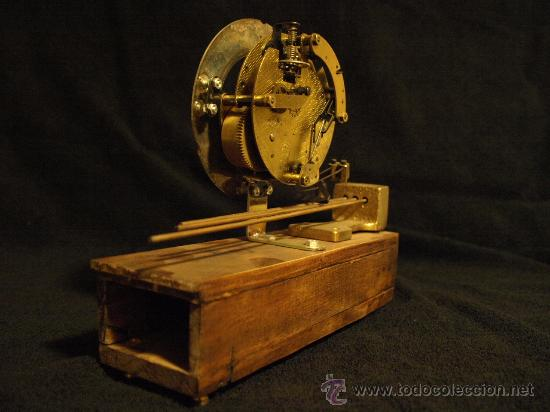Relojes de carga manual: Curioso reloj de chimenea - Foto 4 - 30751575